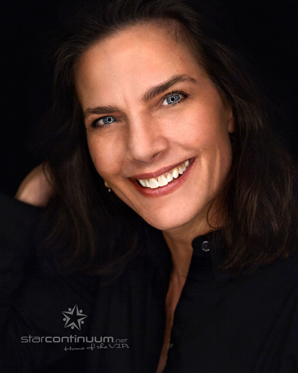 starcontinuum.net | Faces | Terry Farrell
