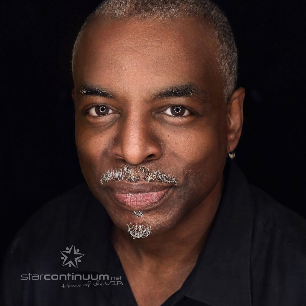 starcontinuum.net | Faces | Levar Burton